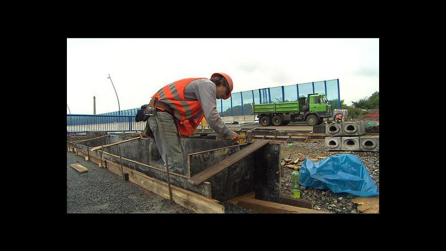 Video Předražování veřejných zakázek tématem Ekonomiky ČT24