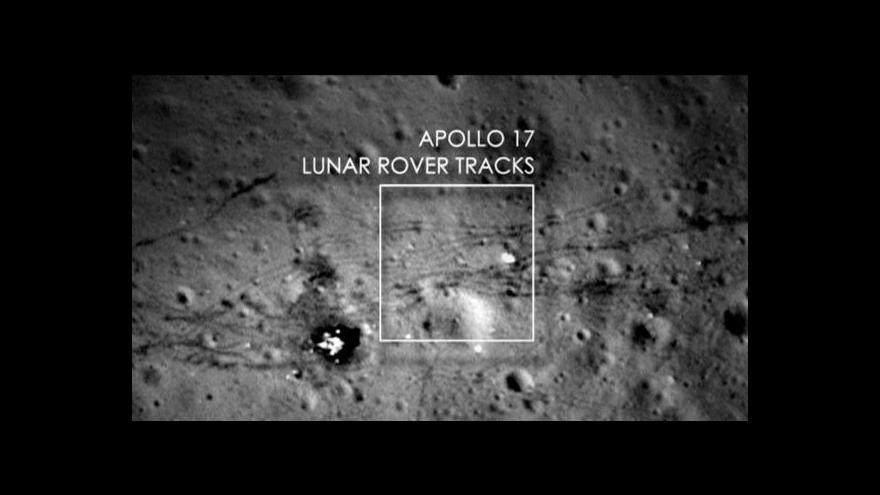 Video Události k úmrtí Neila Armstronga