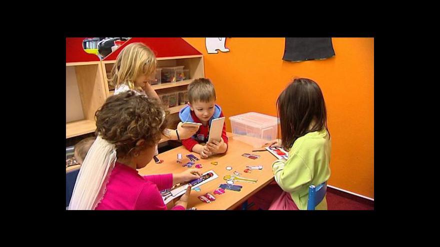 Video Dětské skupiny tématem Událostí, komentářů