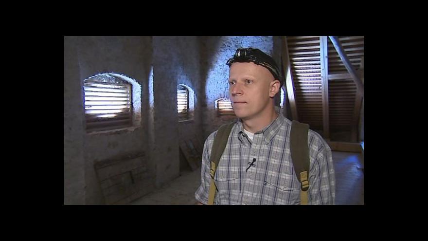 Video Zoolog Antonín Reiter hovoří o netopýrech na zámku