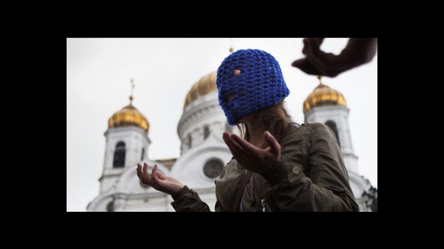 Video Moskevský soud by měl vynést rozsudek nad Pussy Riot