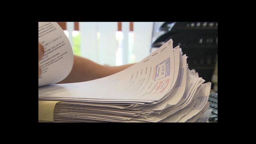 Video Zákon zavádí nové poplatky na katastru