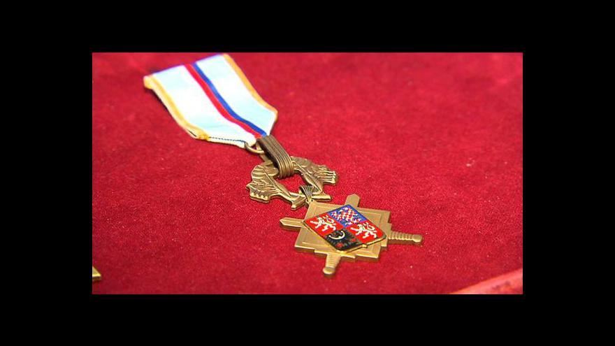 Video Vojáci ze zahraničních misí obdrželi vyznamenání