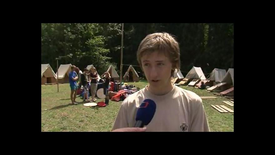 Video O noční bouřce vypráví skaut Pavel Vaculík