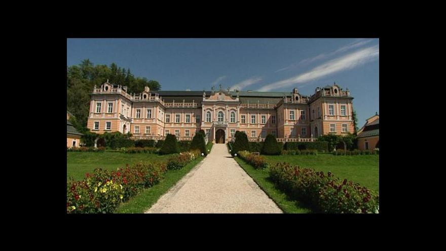 Video Reportáž ze zámku v Nových Hradech