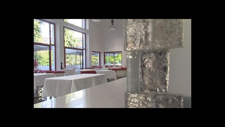Video Architekt Osamu Okamura o významu Zemanovy kavárny