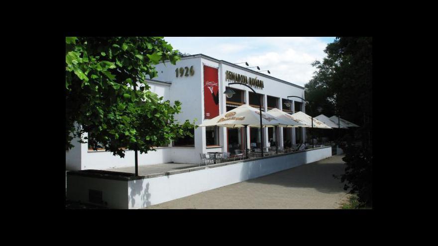 Video Zemanova kavárna po rekonstrukci