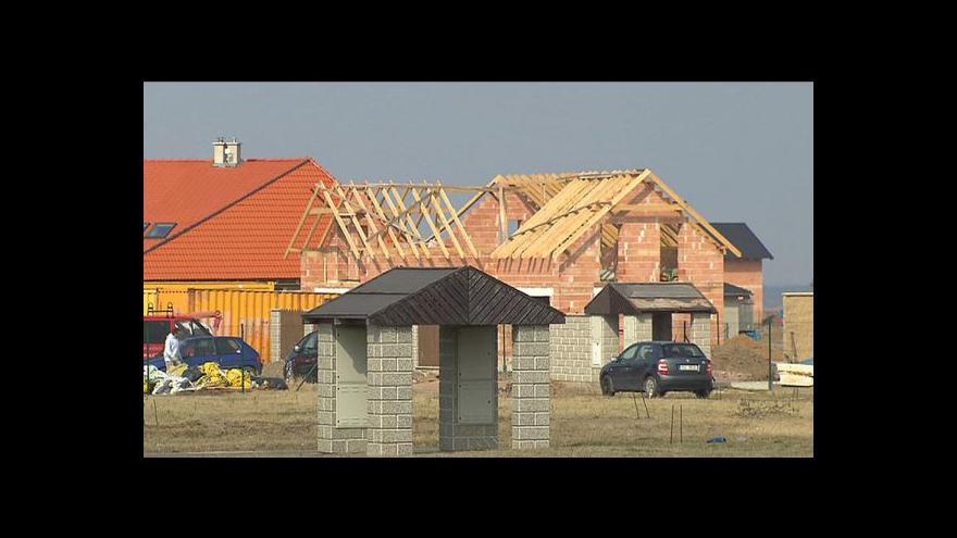 Video Průmysl i stavebnictví v červnu propadly