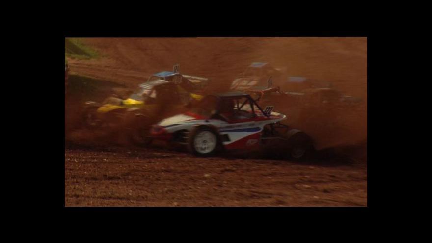 Video No comment Tomáš Pospíšilík vylaďuje před závody svou bugginu