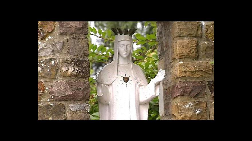 Video Dutrouxova exmanželka odejde do kláštera
