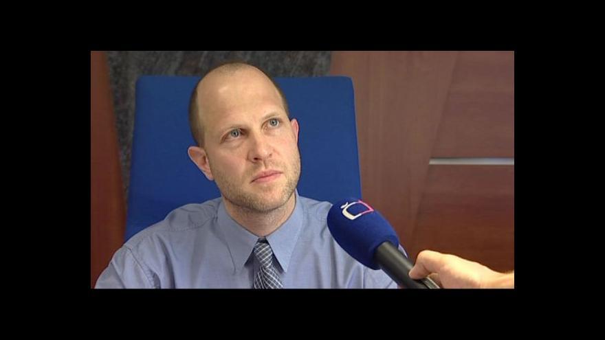 Video Soudce David Otevřel vysvětluje, proč nevzal pachatele do vazby