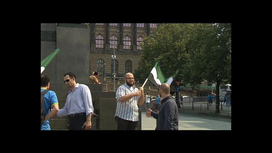 Video Čeští Syřané demonstrojí proti situaci v domovině