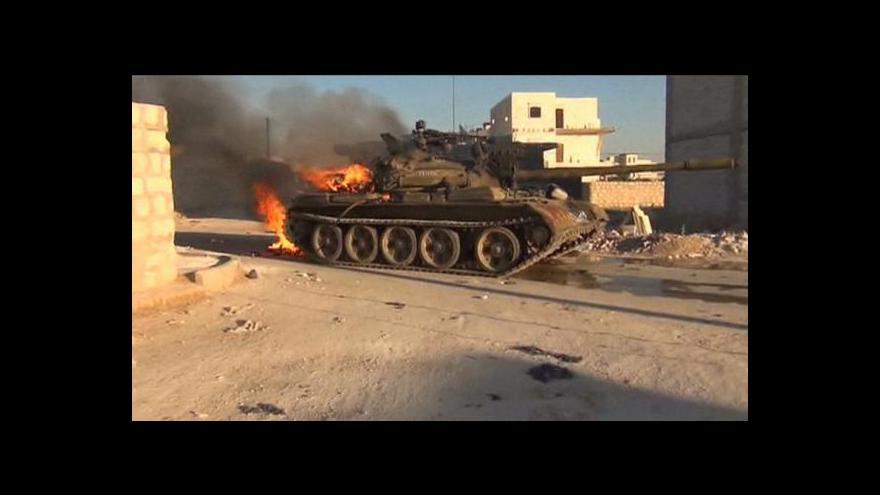 Video K Halabu posílá armáda posily