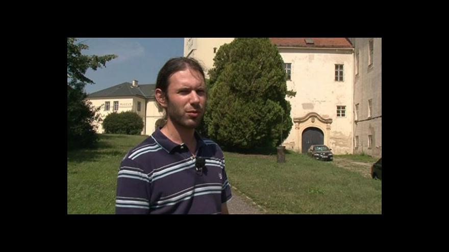 Video Vedoucí oddělení kultury Bařinka hovoří o historii zámku