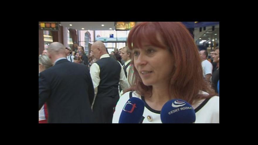 Video O budoucnosti Superbiků hovoří ředitelka Autodromu Ulmanová
