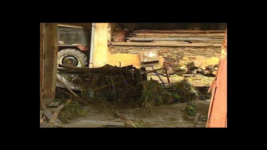 Video No comment: Před 10 lety vtrhla do Olešnice velká voda