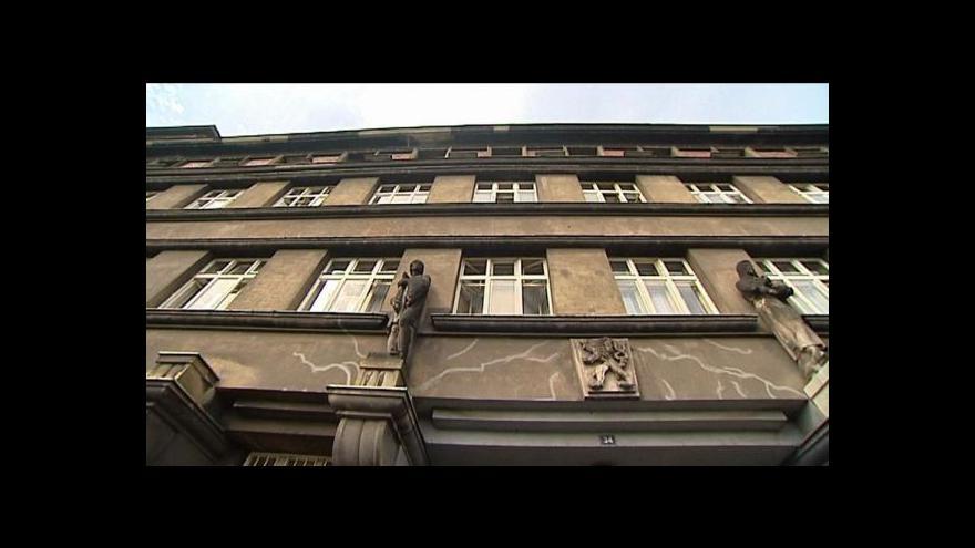 Video Policie stále více zpochybňuje cizí zavinění smrti Studničky