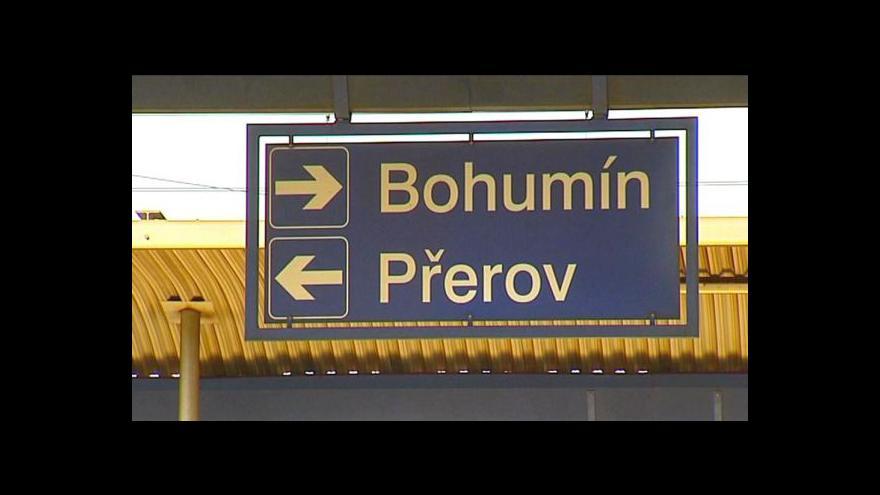 Video Vlaky mezi Bohumínem a Břeclaví jezdí vpravo