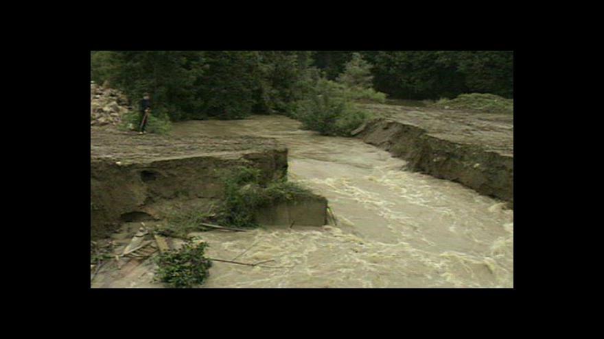 Video Před 15 lety zasáhly Česko ničivé povodně