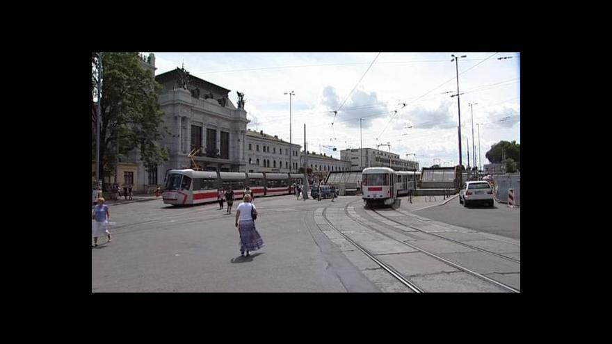 Video Brněnské perony má nahradit luxusní promenáda