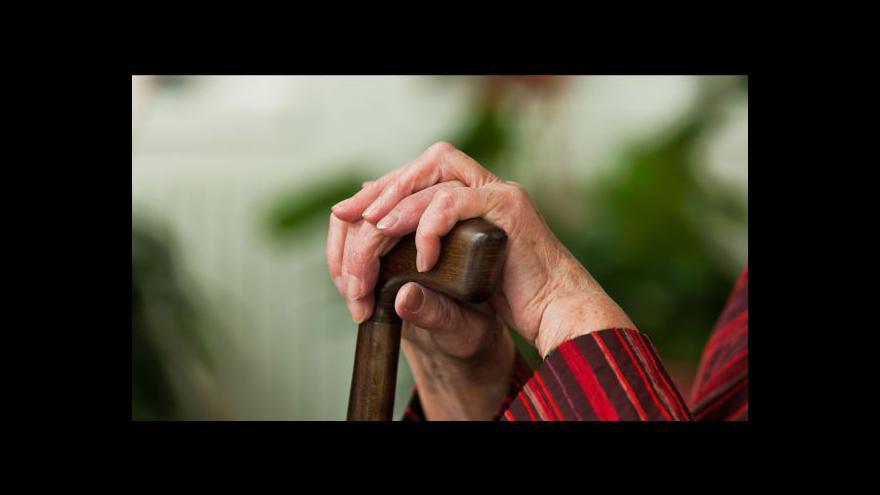 Video Důchody rostou pomaleji, utahování opasků pokračuje