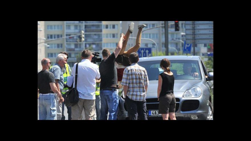 Video Rekonstrukce Janouškovy nehody skončila