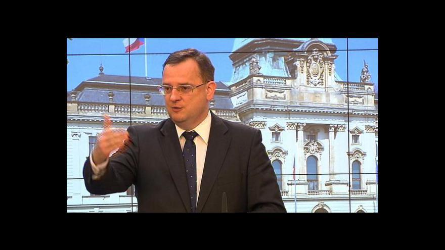Video Brífink Petra Nečase k rozpočtu a novelám