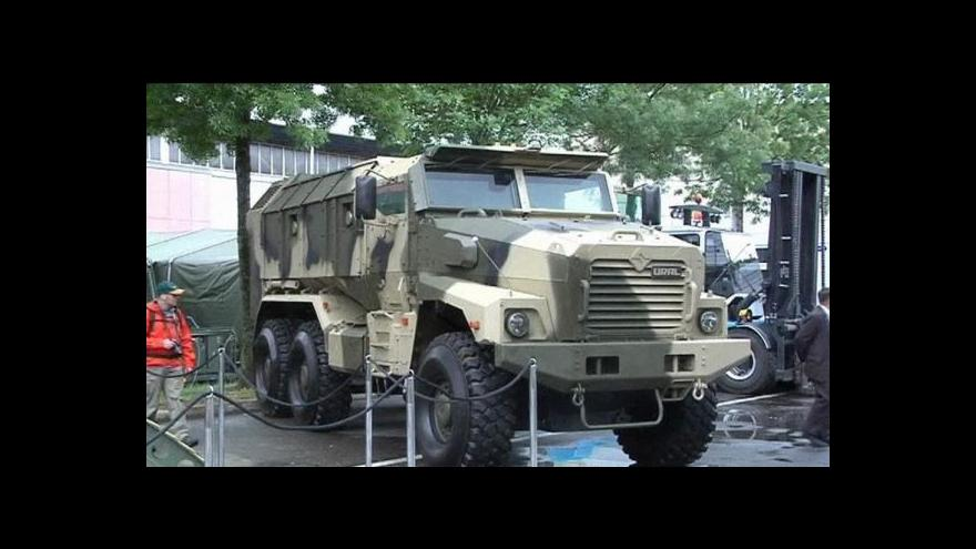 Video Ekonomická krize postihla i výrobce zbraní