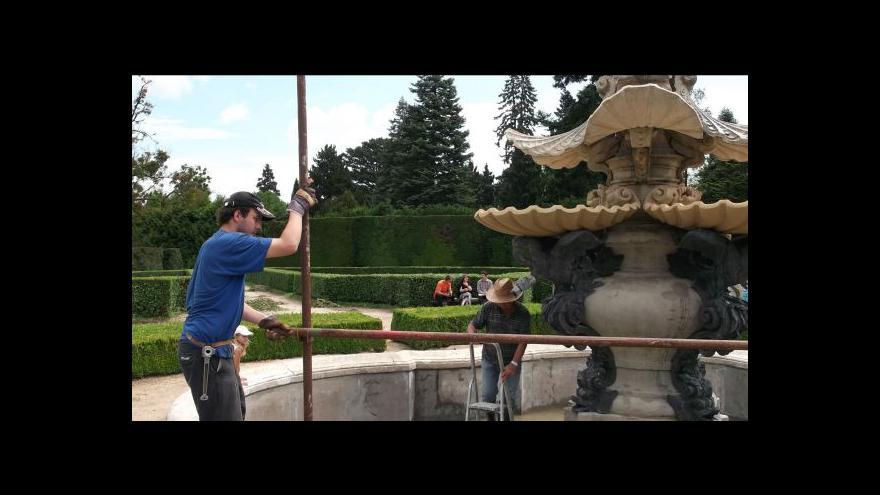 Video No comment: Barokní kašna opět chrlí vodu