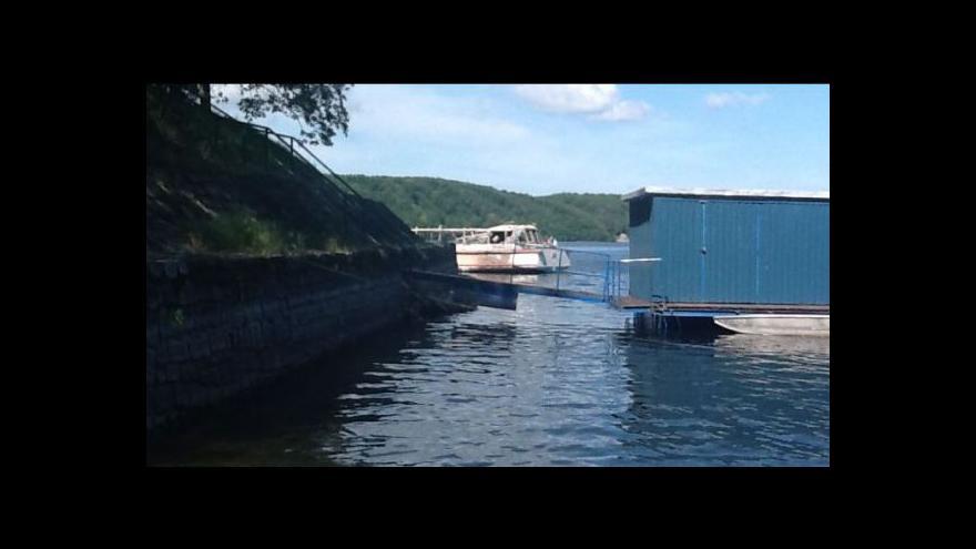 Video No comment: Požár zničil loď Dyje