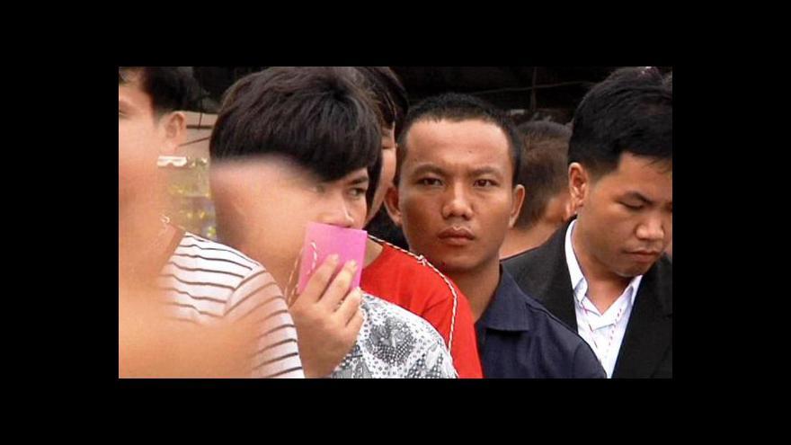 Video Su Ťij přijela do Thajska