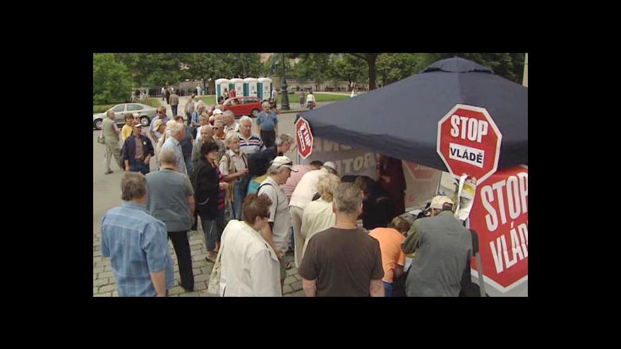 Video Důchodci demonstrovali za zachování valorizace penzí
