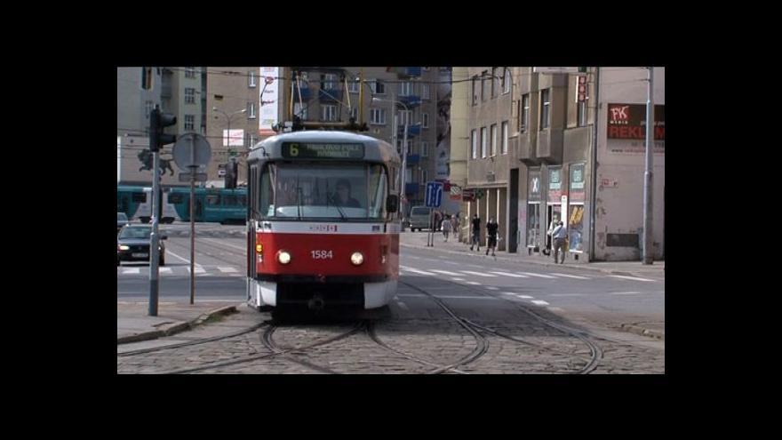 Video MHD rapidně ubývá pasažérů