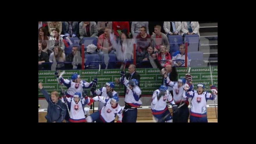 Video Faul na Mikúše a vítězný gól Slovenska proti Kanadě