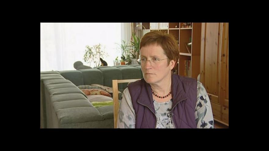 Video Eva Schwartzová o problémech s novostavbou