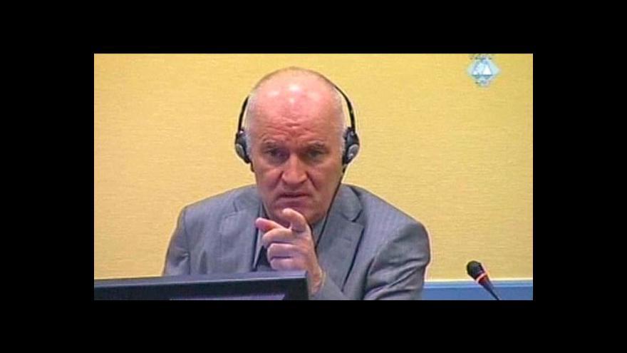 Video V Haagu začne proces s Mladičem