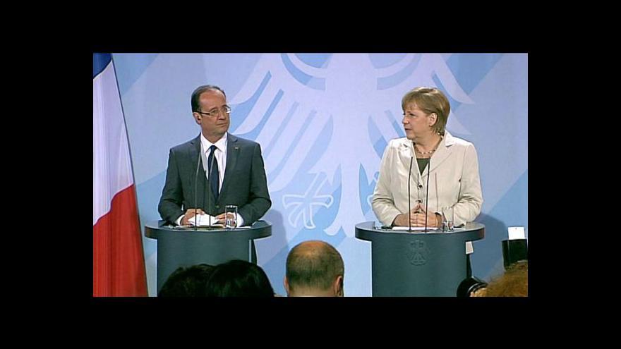Video Brífink Angely Merkelové a Françoise Hollanda