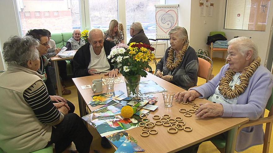Video Události v regionech: První domovy pro seniory se vrací do běžného režimu
