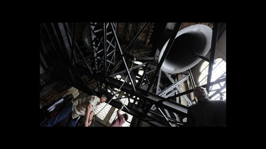 Video Poslechněte si nové zvony v katedrále sv. Víta