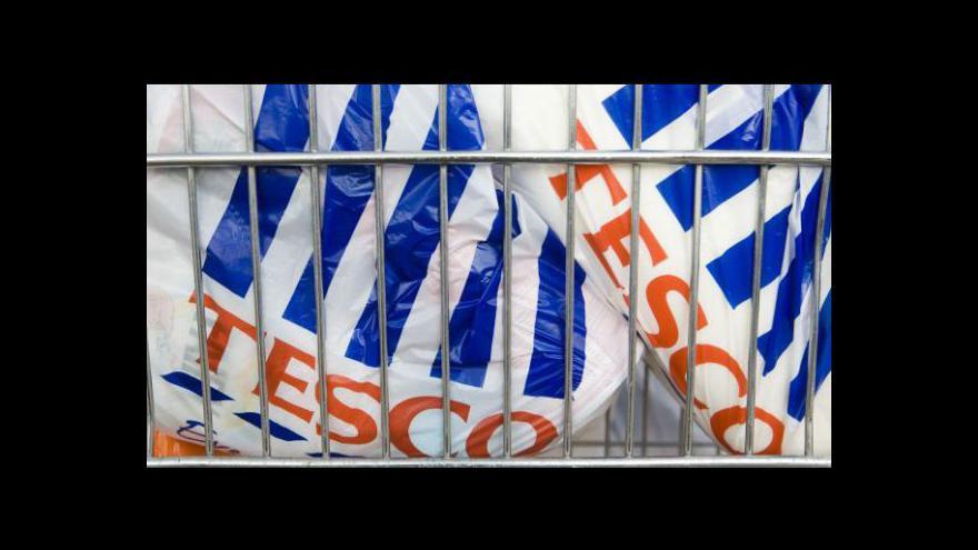 Video Británie hlásí propad maloobchodních tržeb
