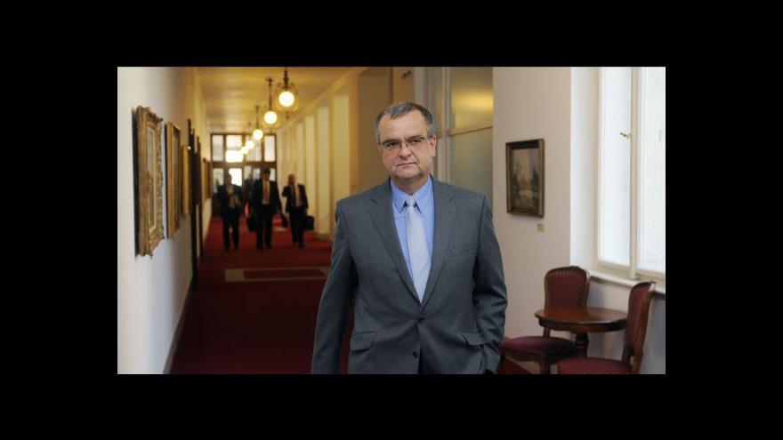 Video Komentář Miroslava Kalouska a Josefa Novotného