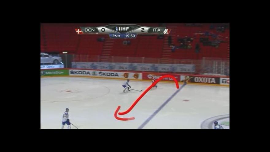 Video Dánský útok zakončený gólem