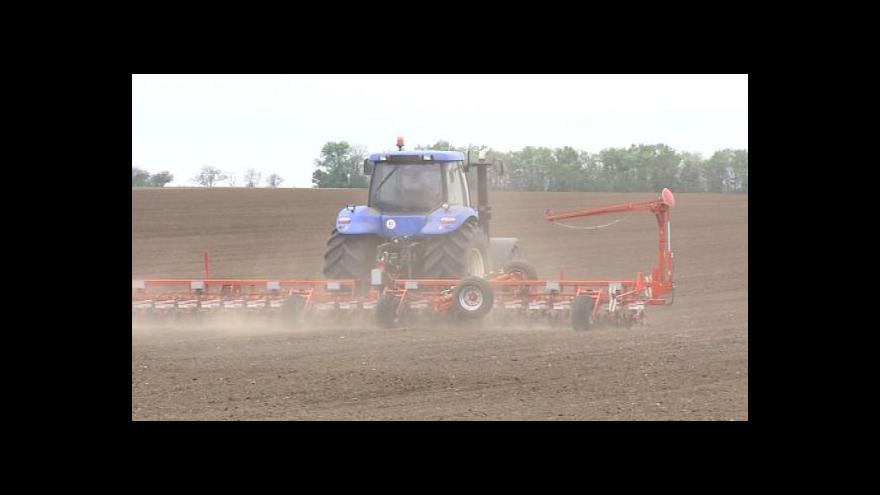 Video NO COMMENT: Sucho a větrná eroze trápí zemědělce