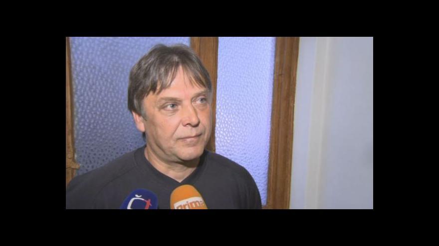 Video Roman Kuklínek o tom, jak těžce zraněného muže našel