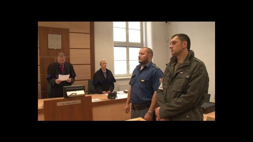 Video Tři muži obviněni v kauze brutálního vydírání na Vysočině