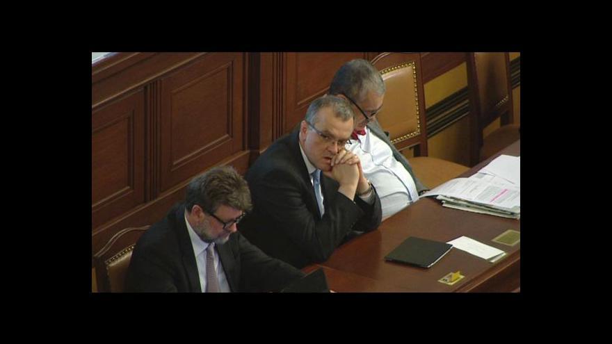 Video Události: Vláda žádá o důvěru