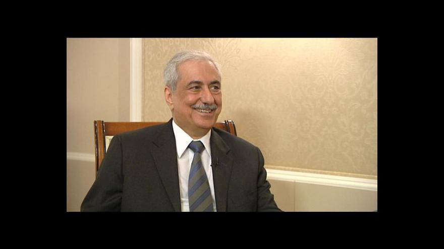 Video Ministr financí Saúdské Arábie Ibrahim Abdulaziz Al-Assaf o ropě a pomoci MMF