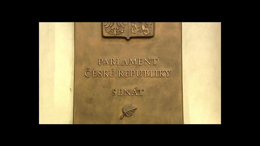 Video Senátoři odmítli zrušit doživotní imunitu