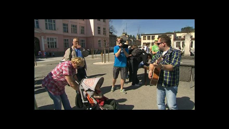 Video Klára Bažantová z občanské iniciativy Osvoboďme náměstí