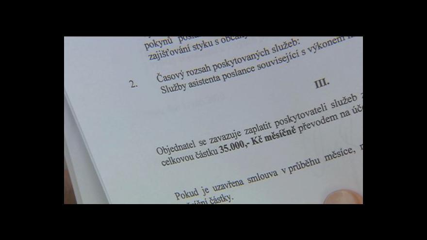 Video Policie chce poslance Chaloupku
